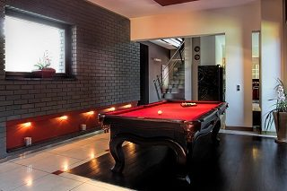 Pool table room size in San Jose